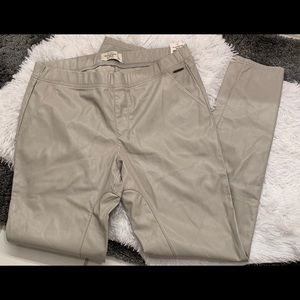 ABERCROMBIE & FITCH Faux Leather Pants